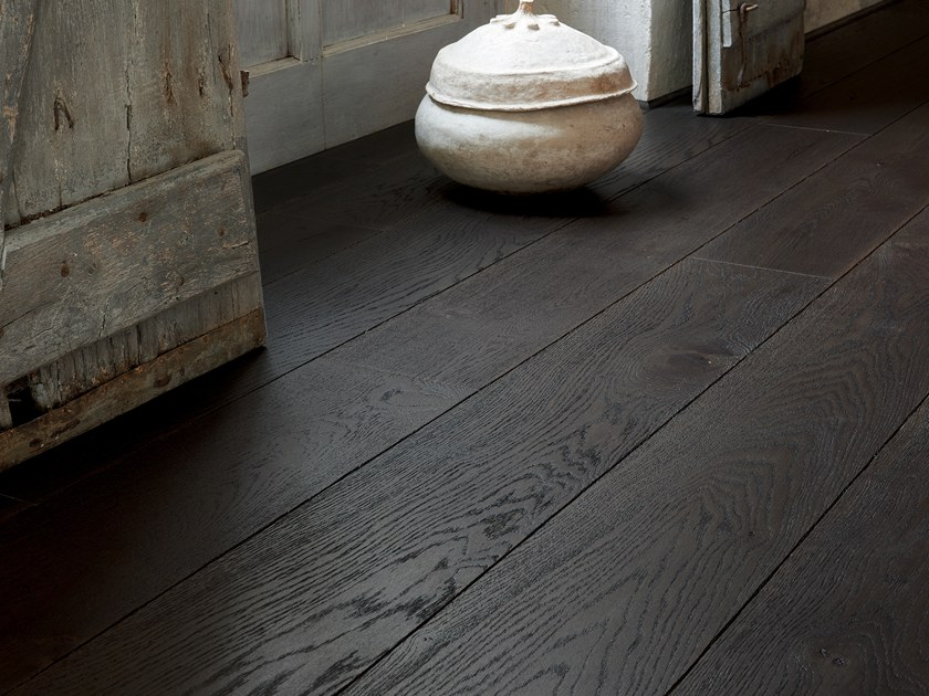 Engineered wood floor FRENCH OAK ORIGINE TOURBE DIVA 184 by PANAGET