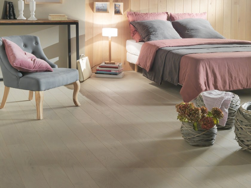 Engineered wood floor FRENCH OAK TRADITION PERLINE ALTO 139 by PANAGET