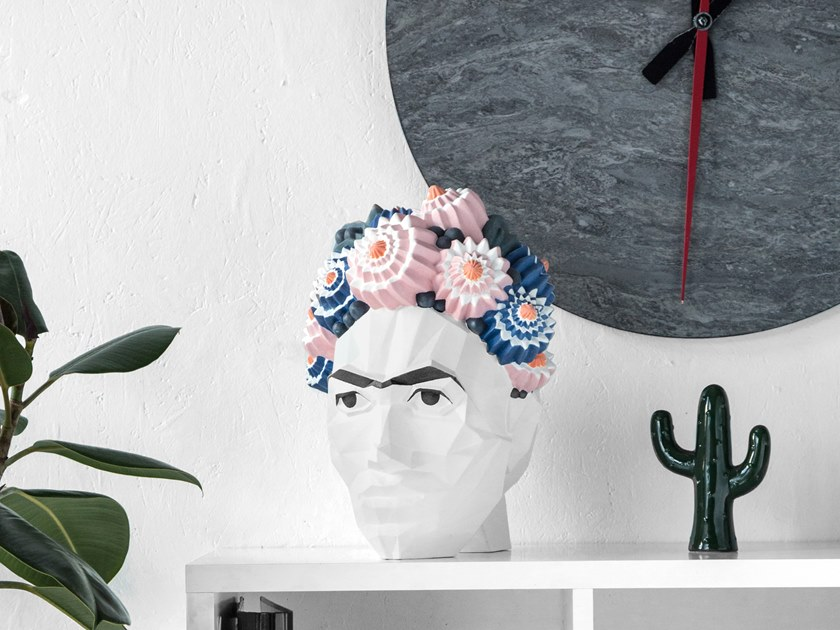 Faïence decorative object FRIDA KAHLO DE RIVERA by Goloob