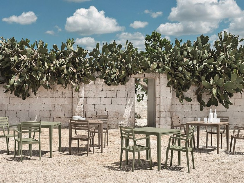 Square teak garden table FRIENDS | Square table by Ethimo
