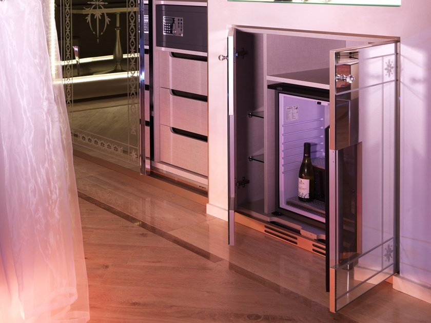 Built-in mini fridge FRIGOBAR ONLINE by Microdevice