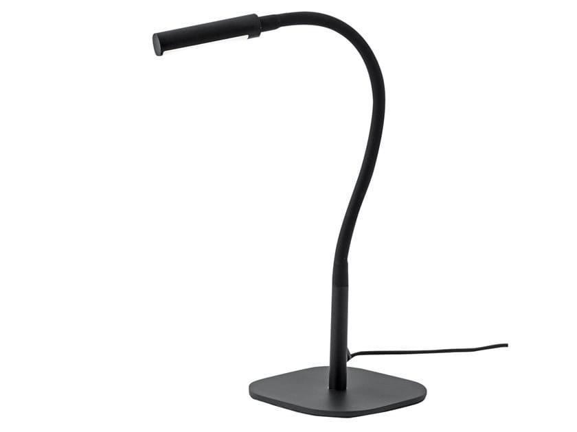 Lampada da tavolo con braccio flessibile FRINGE | Lampada da tavolo by Rossini Illuminazione
