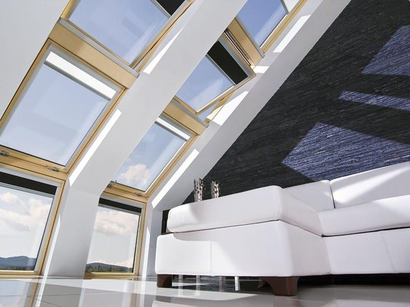 Finestra da tetto a bilico in pino con apertura elettrica FTU-V Z-WAVE by Fakro