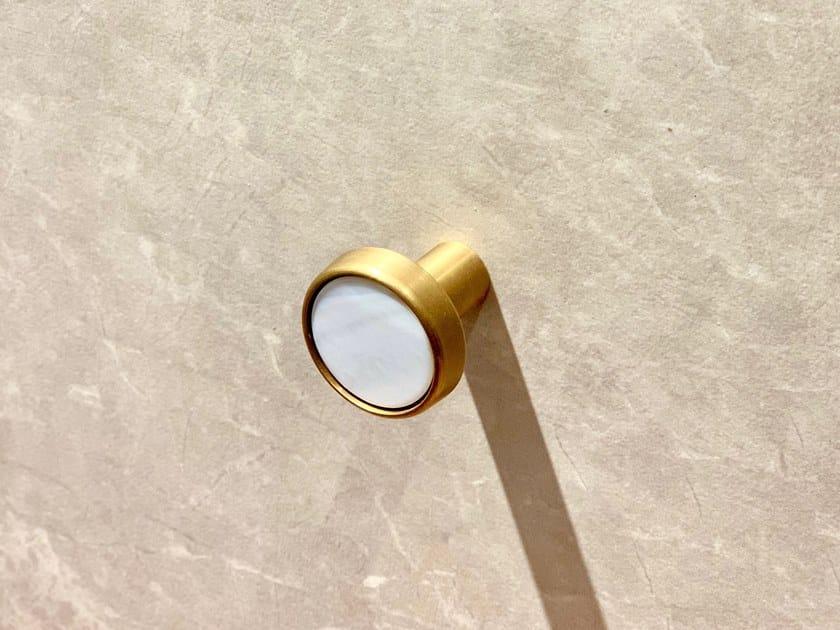 Gancio a parete in metallo FULLSTOP by KYOHEI & MIRANDA