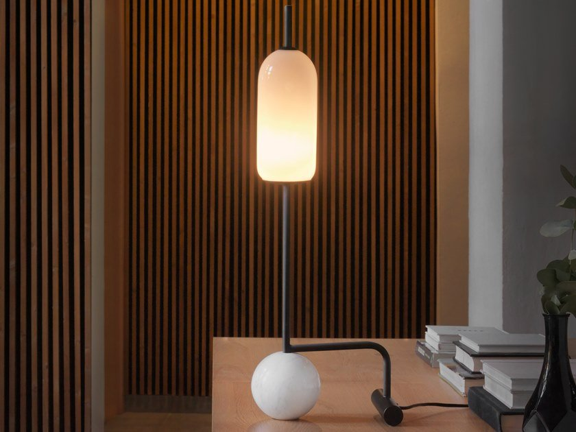 Marble table lamp with fixed arm FUNN | Marble table lamp by Aromas del Campo