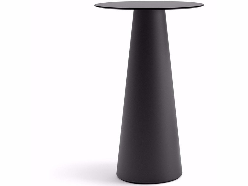 Round plastic table FURA | Table by Plust