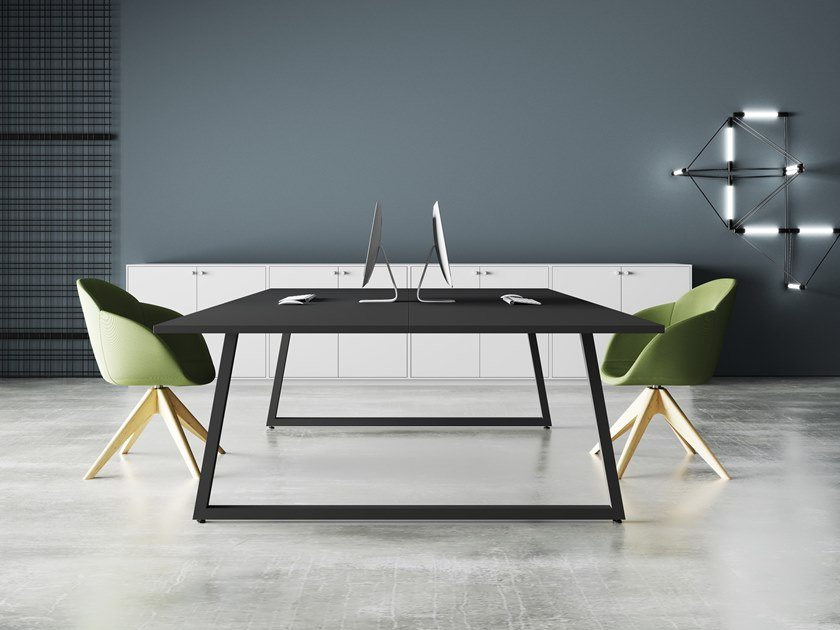 Square meeting table FUSION | Meeting table by CUF Milano