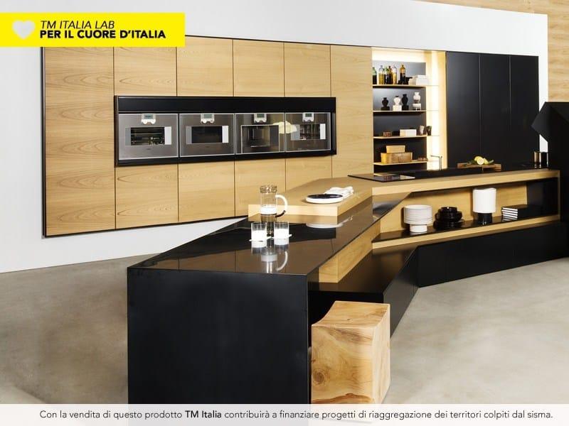 Cucina con penisola fx carbon collezione lab per il cuore - Rivenditori cucine nobilia italia ...