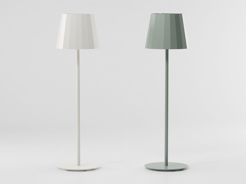 Lámpara de pie de aluminio Lámpara de pie by Kettal