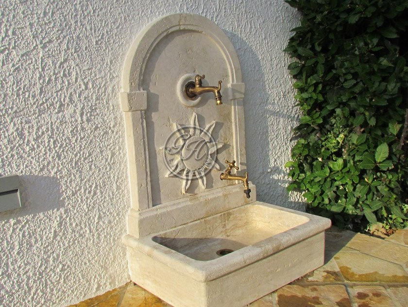 Fontana da giardino in pietra naturale Fontanella 8 by GH LAZZERINI