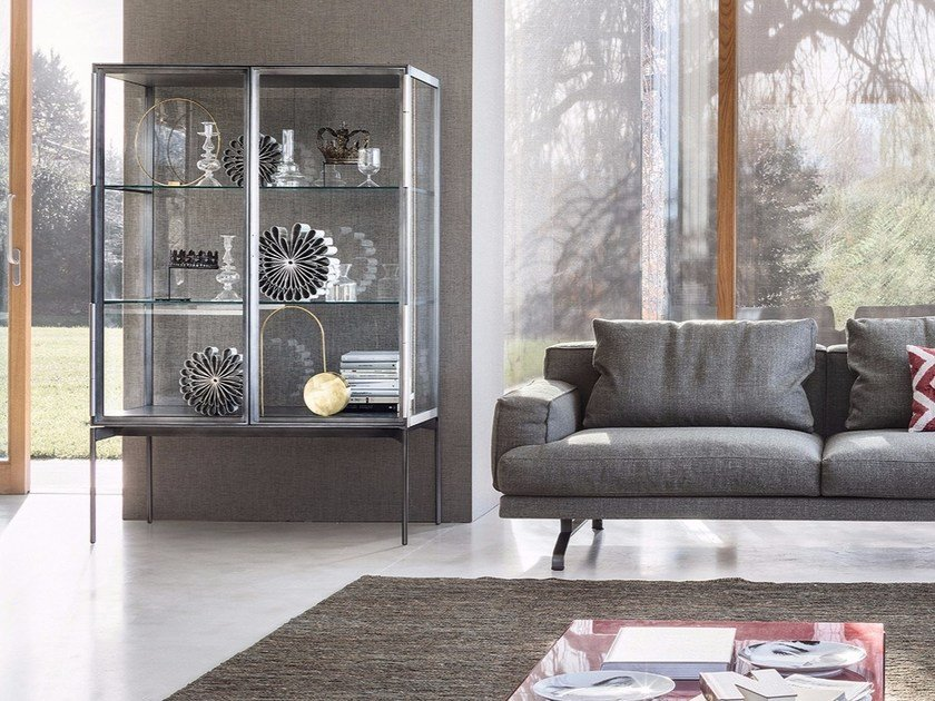 Glass and aluminium display cabinet GALERIST by Lema