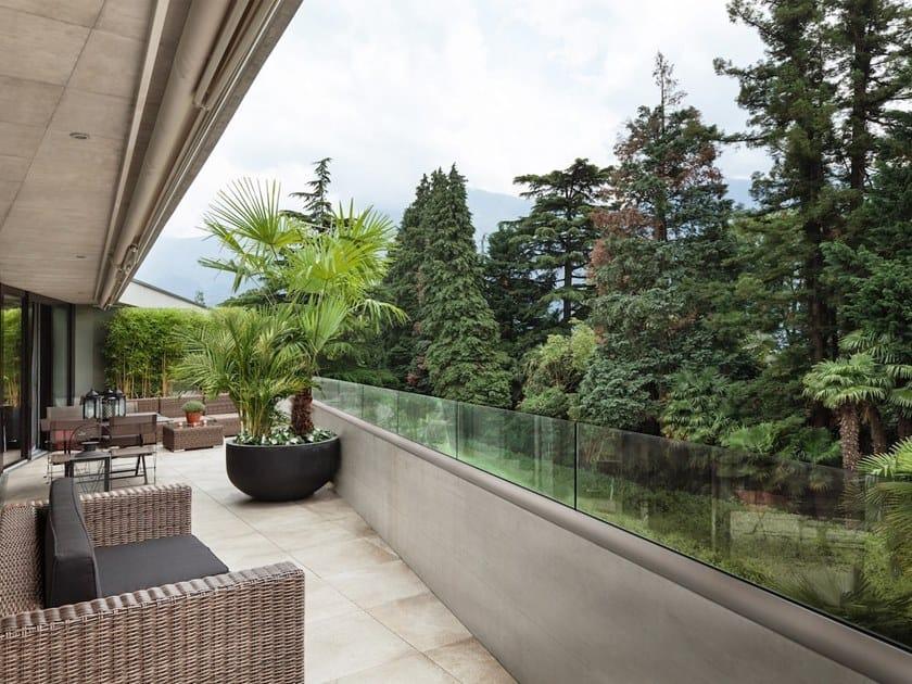 Parapetto in vetro per finestre e balconi garda mini 200 aluvetro - Altezza parapetti finestre normativa ...
