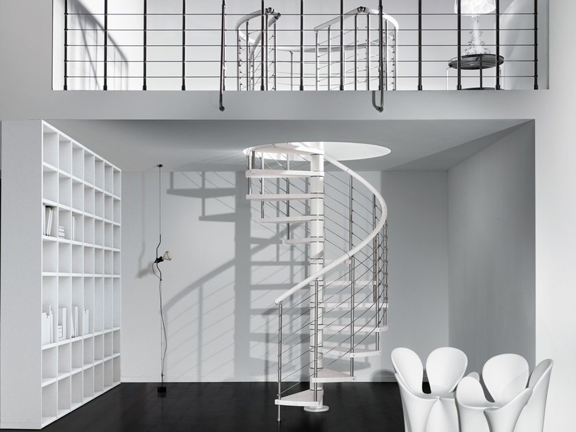 Stainless steel and wood Spiral staircase GENIUS 060 | Spiral staircase by Fontanot
