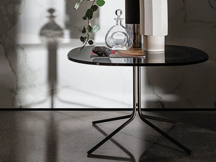 Glass coffee table GENIUS SHAPED by Sovet italia