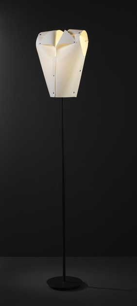 Contemporary style metal floor lamp GENTLEMAN FL WW by ENVY