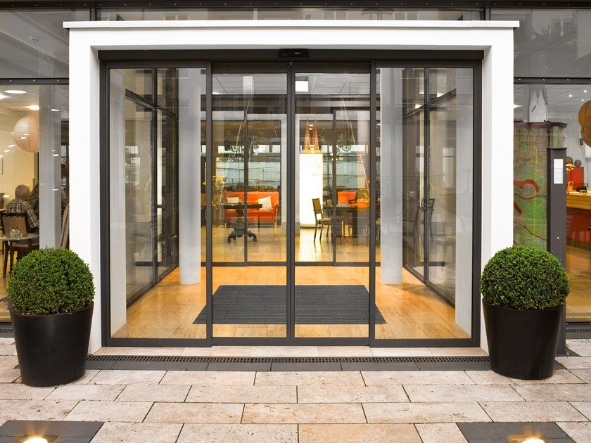 Sliding Automatic entry door GEZE SLIMDRIVE SL-BO by GEZE