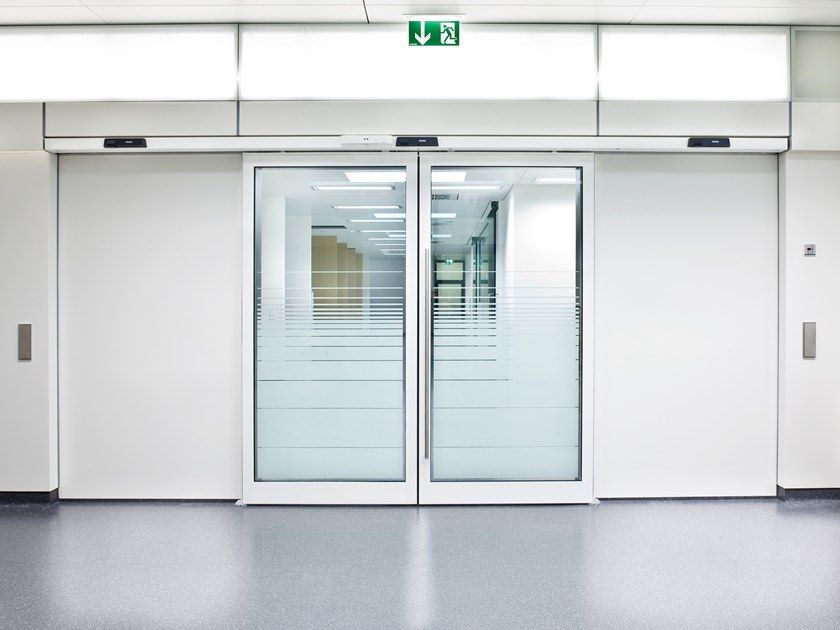 Sliding Automatic entry door GEZE SLIMDRIVE SL-RD by GEZE
