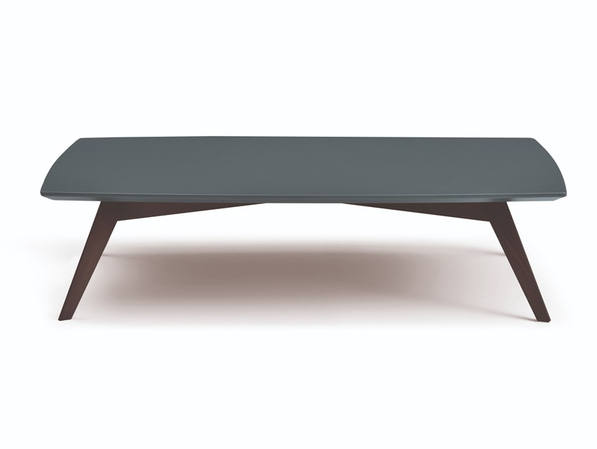 Lacquered coffee table GHOST by Busnelli
