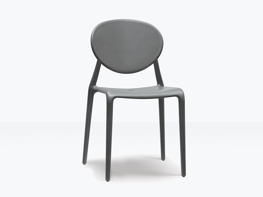 Medallion ergonomic stackable technopolymer chair GIO by SCAB DESIGN