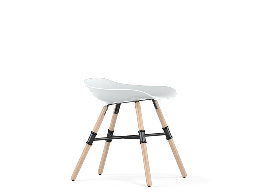 Low polypropylene stool GIRO V9 | Stool by KUBIKOFF