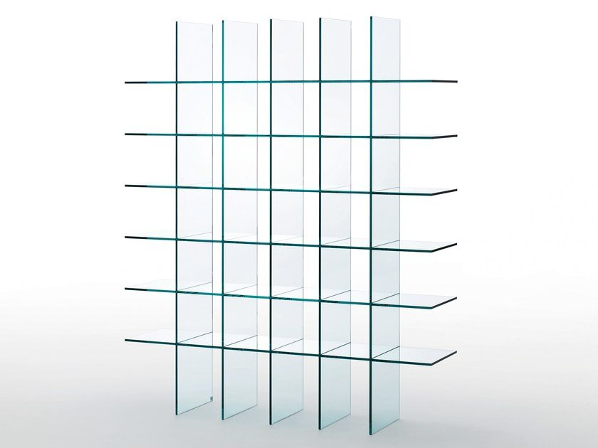 Open freestanding crystal bookcase GLASS SHELVES #1 (1976) by Glas Italia