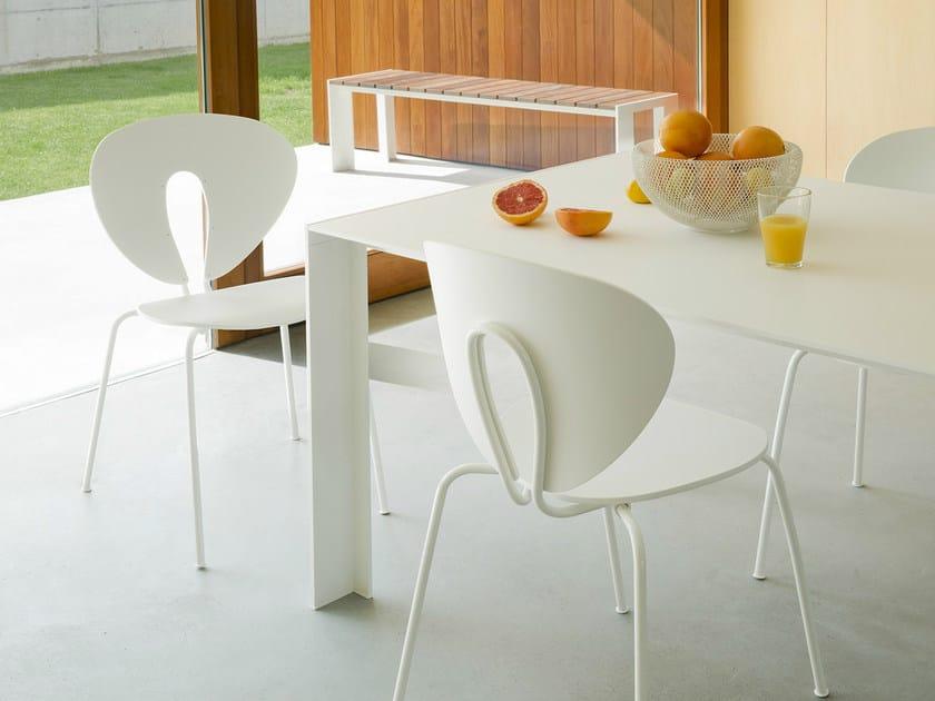 Globus lackierter stuhl kollektion globus by stua design jesús gasca
