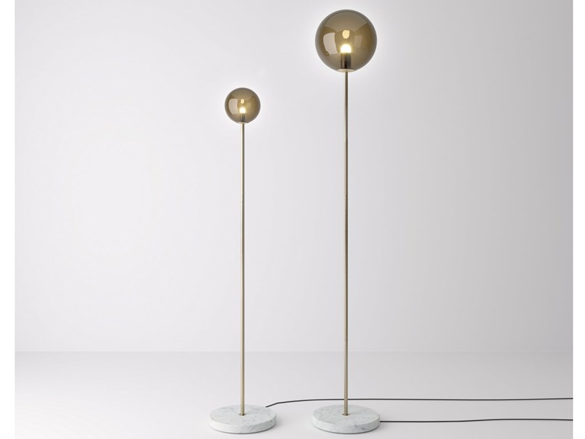 Blown glass floor lamp GRACE N°1 | Floor lamp by PROF