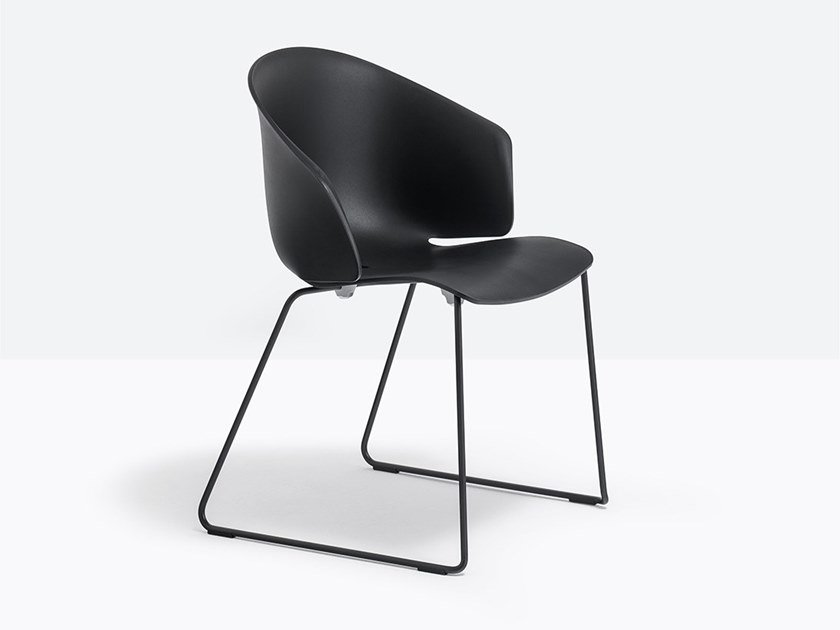 Sled base stackable polypropylene chair GRACE 411 by Pedrali