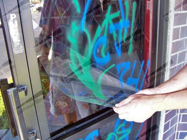Adhesive anti-graffiti safety and security window film GRAF-700i by Luminis Films