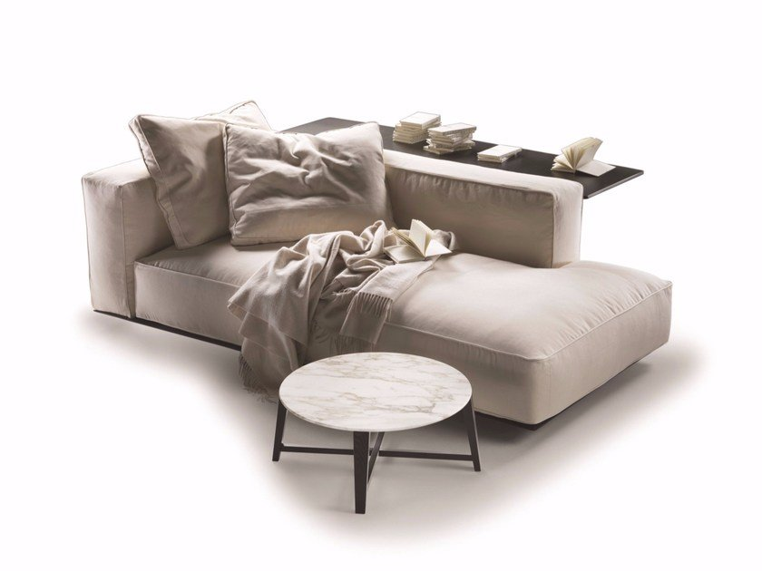 Upholstered fabric day bed GRANDEMARE | Day bed by FLEXFORM