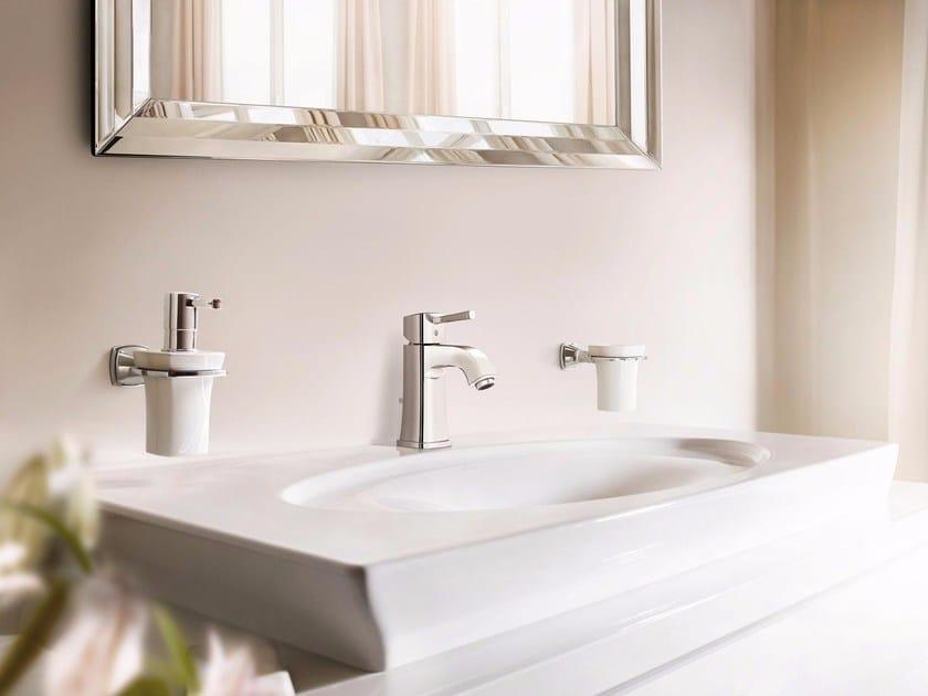 GRANDERA™ SIZE M 23303_ | Miscelatore per lavabo 23303000 | Chrome