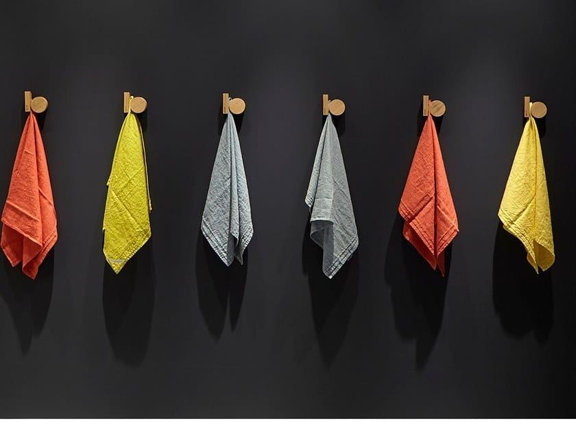 Perchero de roble de pared GRAVITÀ by Antonio Lupi Design