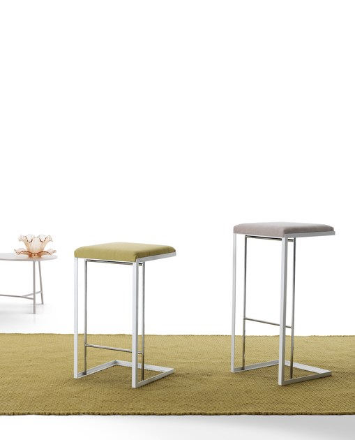 Upholstered steel stool GRAY | Stool by MY home collection