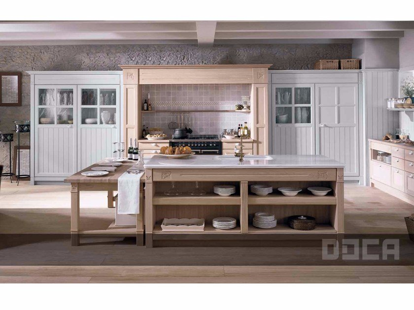 Oak kitchen with island GREGAL ROBLE NATURAL / GREGAL GRIS PERLA by Doca