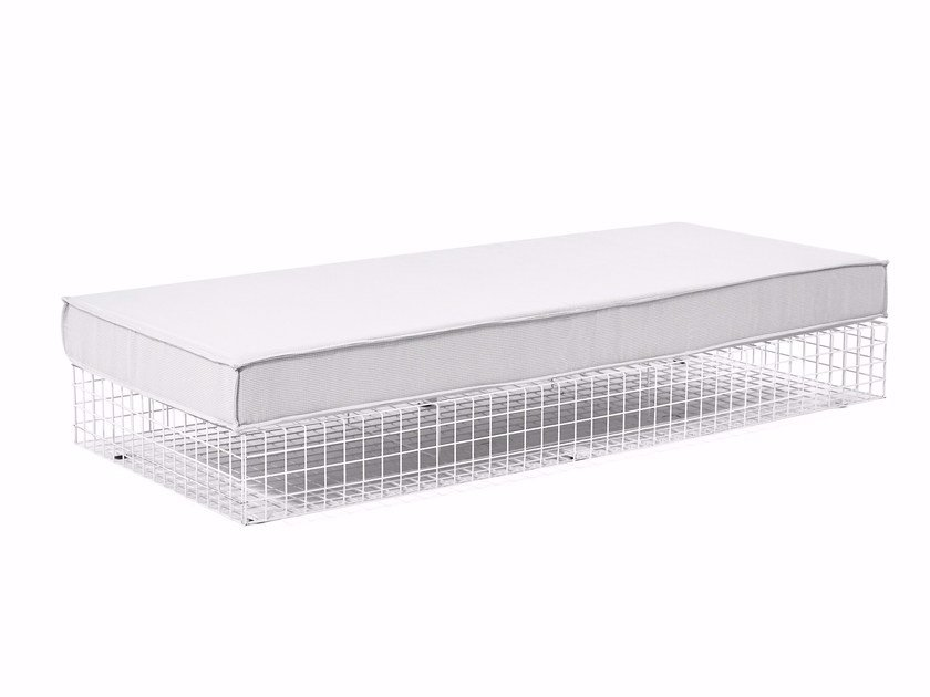 Steel and Fabric Daybed GRID   Garden daybed by Varaschin