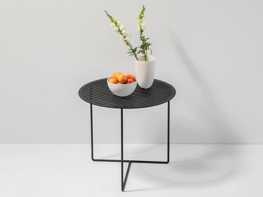 GRID SIDE TABLE #01