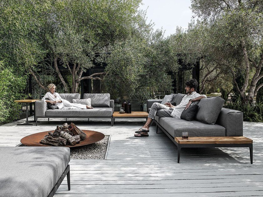 grid sofa grid outdoor lounge collection by gloster. Black Bedroom Furniture Sets. Home Design Ideas