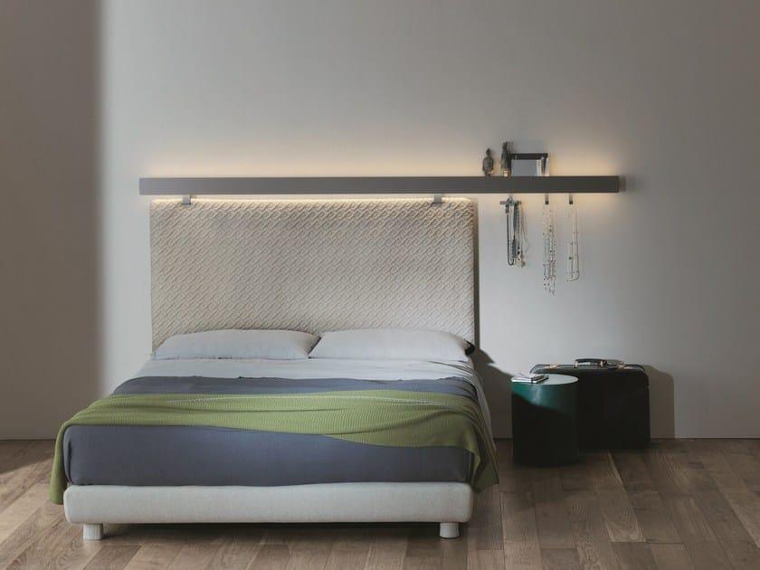 Mensola con illuminazione integrata groove mensola caccaro