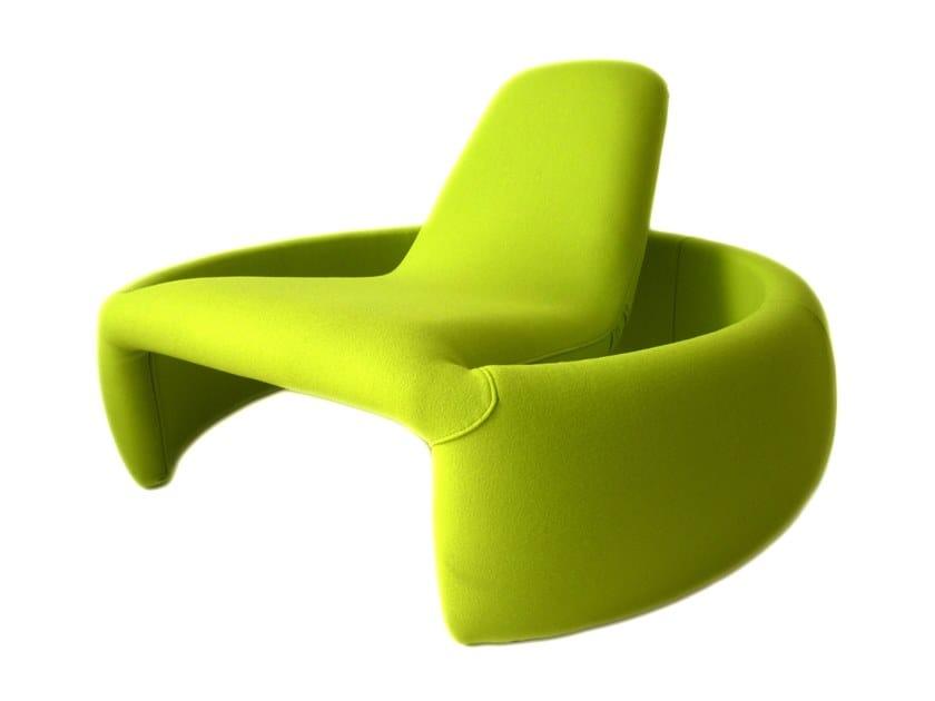Fabric lounge chair GT2000 by Branca Lisboa