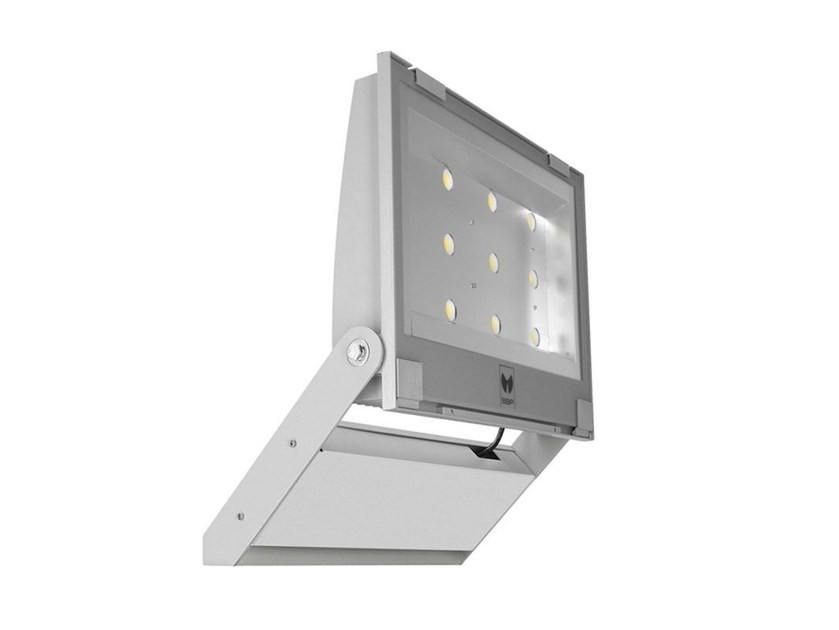 LED adjustable Outdoor floodlight GUELL 4 by PerformanceInLighting