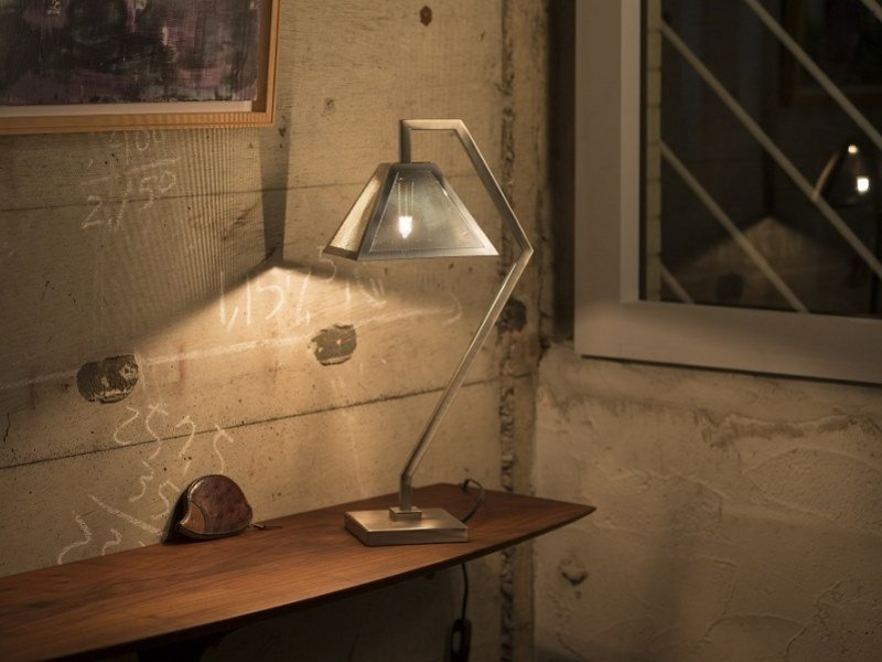 Table lamp GUENDA | Table lamp by ANNA LARI