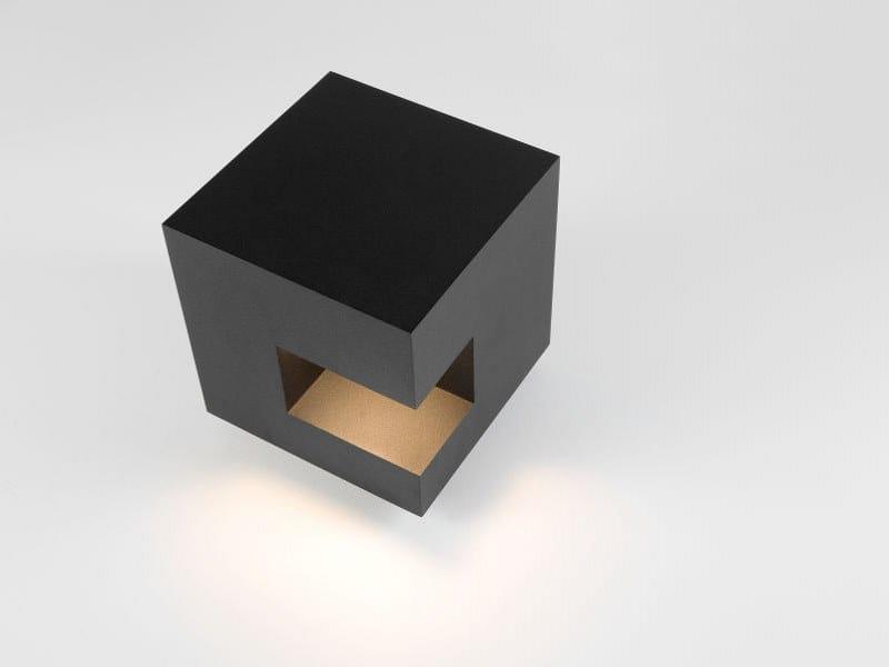 LED Floor lamp GUTTER by Modular Lighting Instruments