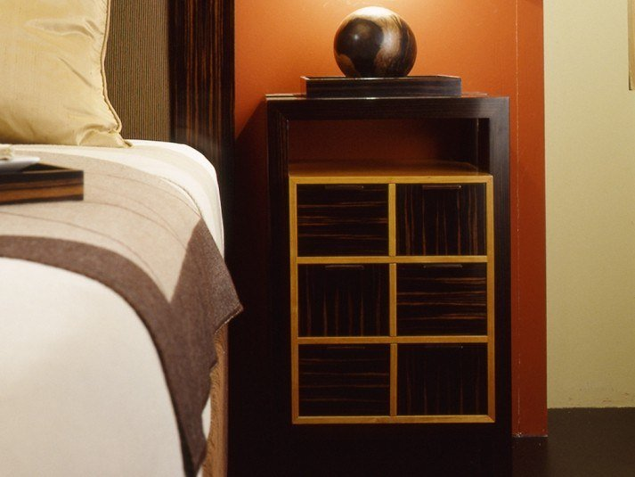 Rectangular cherry wood bedside table with drawers H 1326 | Bedside table by Annibale Colombo