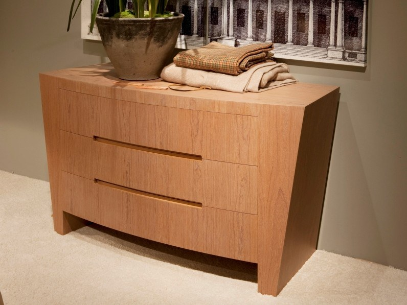 Ipe wood chest of drawers with integrated handles H 1397 | Chest of drawers by Annibale Colombo