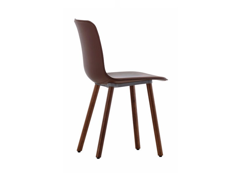 Upholstered leather chair HAL LEATHER WOOD by Vitra