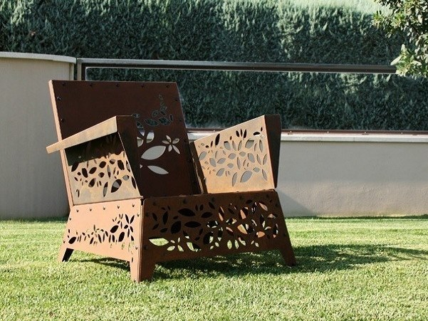 Corten™ armchair with armrests HANAMI   Armchair by TrackDesign