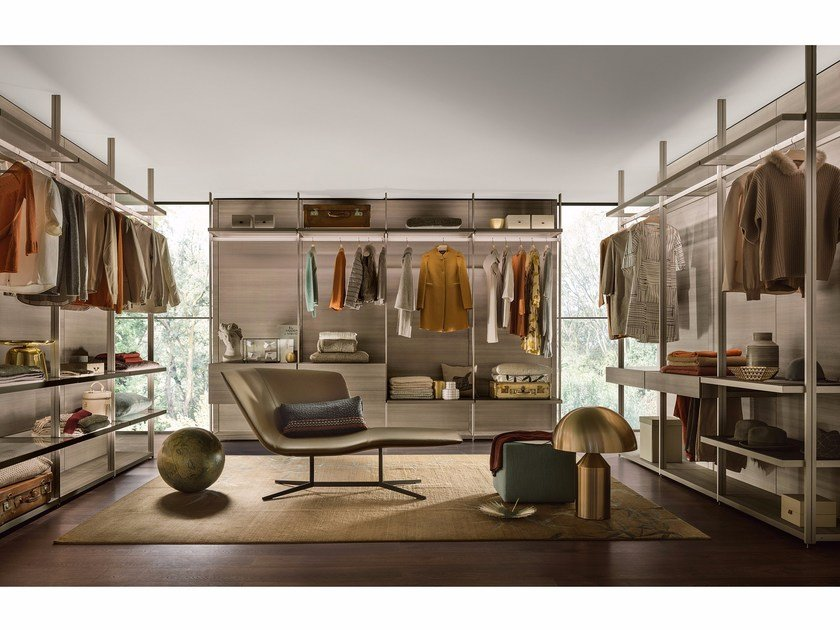 Sectional custom walk-in wardrobe HANGAR by Lema