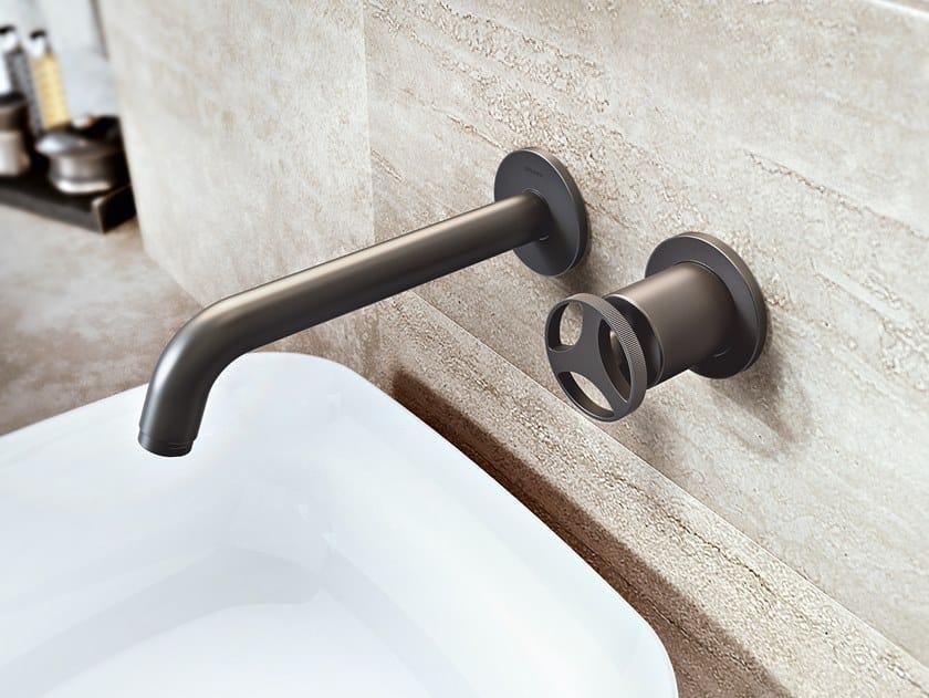 Miscelatore per lavabo a 2 fori a muro senza scarico HARLEY   Miscelatore per lavabo a 2 fori by GRAFF