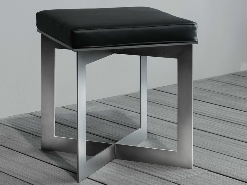 Low stool SOFT   Stool by RIFRA
