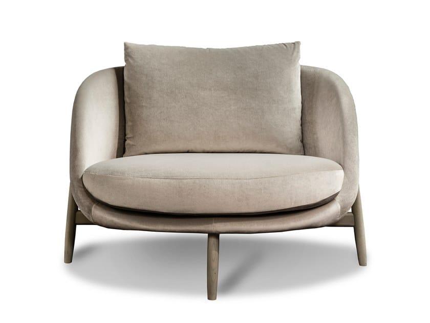 Fabric armchair with armrests HEATH | Armchair by Linteloo